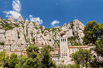 Excursion d'une demi-journée en petit groupe à Montserrat avec billet...