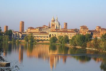 Visit to Renaissance city of  Mantua and beautiful Sigurtà Park from Lake Garda