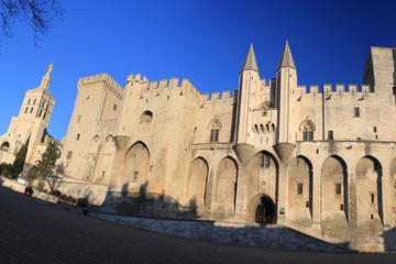 Private Avignon Gordes and Roussillon Full Day Tour