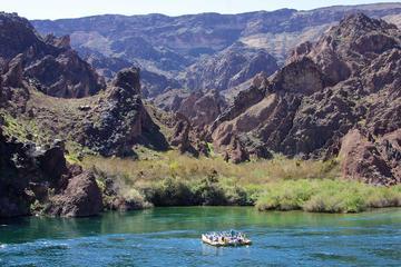 Rafting por el cañón Negro del río...