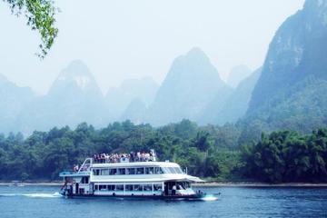 Full-Day Group Tour of Guilin Li River Cruising And Yangshuo