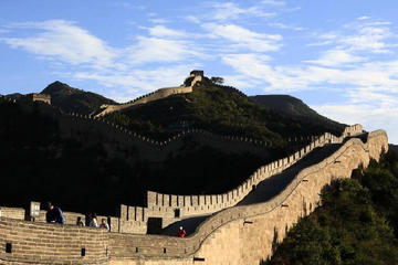 Mutianyu Great Wall Private Tour with Roast Duck Dinner and Evening Show