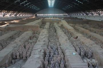 Private Day Tour of Xi'an Terracotta Warriors and Hanyangling Museum