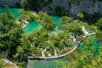 Experience Plitvice lakes tour