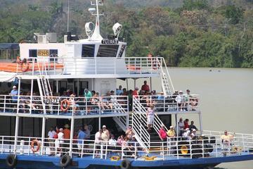 Recorrido con escalas por el Canal de Panamá
