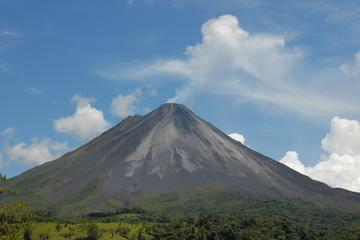 Vulkaan Arenal en warmwaterbronnen ...