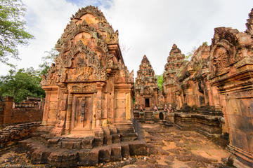 Small Group Full-Day Banteay Srei and Preah Khan Temple