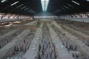 One day tour of Terracotta Warriors and Horses Museum and Hanyangling Mausoleum Underground Museum