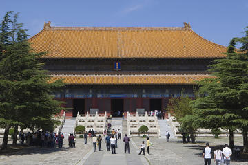 Badaling Great Wall and Ming Tombs with Lunch
