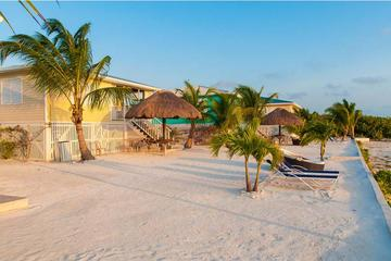 Deluxe 15-day Guatemala highlights and Belize resort