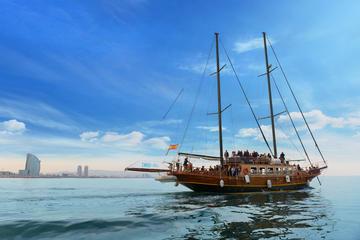 Crucero en barco de madera en...