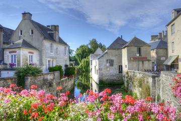Excursão privada para Bayeux, Honfleur e Pays d' Auge partindo de...