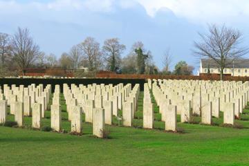 Le Havre Shore Excursion: Private Day Tour of Pegasus Bridge, British Cemetery and Sword Beach