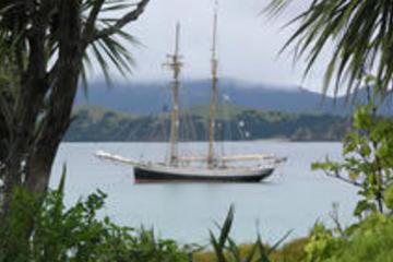 Sortie en grand voilier à la Baie des Îles sur R. Tucker Thompson...