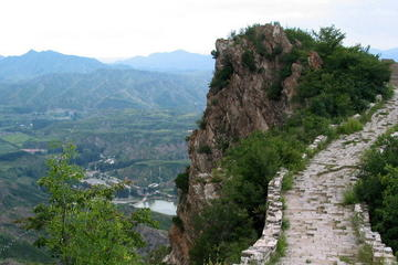 Private Hiking Day Tour: Simatai West to Jinshanling Great Wall including Lunch
