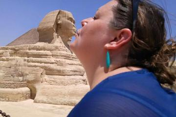 Full-Day Tour Visiting Giza Pyramids and Sphinx Egyptian Museum