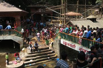 キルティプル、チョバール(Chobhar)、ダクシンカリ寺院プライベートツア…
