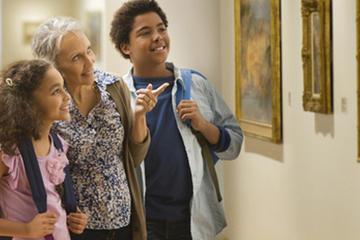 Excursion privée en famille au Musée...