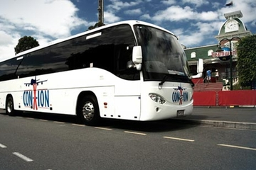 Forfait de transport entre l'aéroport de Gold Coast et le parc à thème