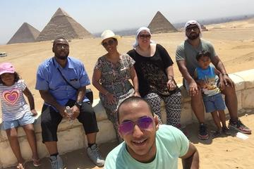 Day trip to great pyramids Sphinx Egyptian Museum and Old Cairo