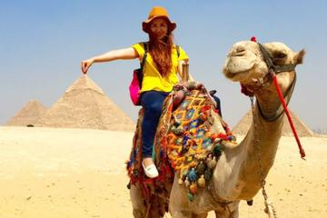 private tour to Giza pyramids Sphinx with Camel ride