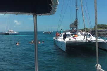Catamaran and Snorkel Tour to Isla Mujeres