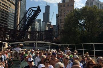 Croisière sur la rivière à la découverte de l'architecture de Chicago