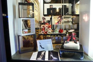 パリ体験:マレでのファッションと香水の小グルー…