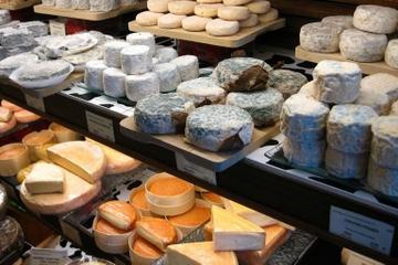Balade gastronomique à Paris: cuisine gastronomique française