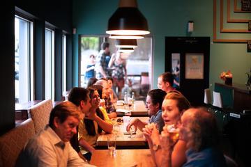 Diner in Parijs met lokale gastheer ...