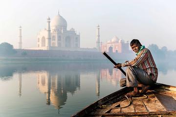 Sunrise and sunset tour of Taj mahal With  Boat Ride