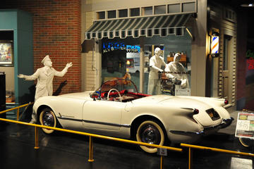 Day Trip National Corvette Museum near Bowling Green, Kentucky
