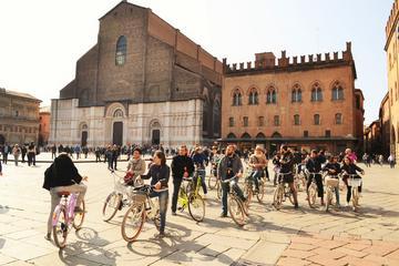 2-Hour Historic Bike Tour of Bologna