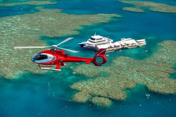 Great Barrier Reef Cruise to Moore Reef Pontoon and Return Helicopter...