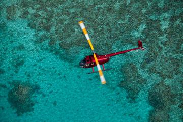 survol-en-helicoptere-sortie-en-mer-barriere-de-Corail