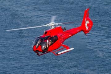 Tour privé en hélicoptère: plongée...