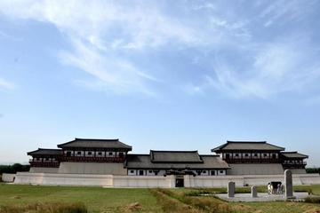 Private Day Tour of Terracotta Warriors and Han Yangling Museum
