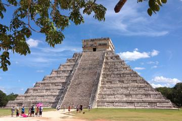 Chichen Itza, Ik Kil Cenote and ...