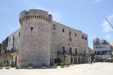 Private tour guide Conversano, the history of ancient Norba a few steps from the sea