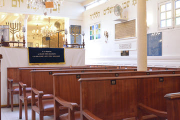 Jewish Marais tour with Synagogue visit and Lunch