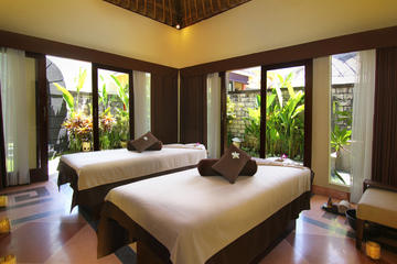 Traditional Balinese Spa Package in...