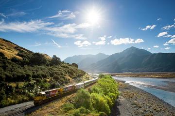 Parque Nacional de Arthur's Pass con tren TranzAlpine para grupos...