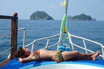 Ang Thong Park Luxury Yacht Sunset Cruise