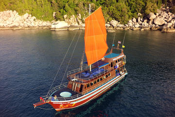 Classic Thai Yachts Sunset Boutique...