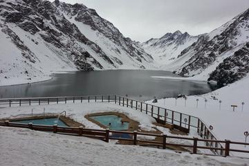 Excursão particular de dia inteiro: Centro de esqui Portillo e Lagoa...