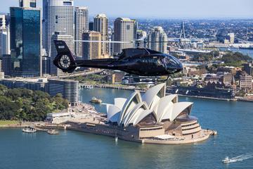 Helikoptertur över hamnen i Sydney