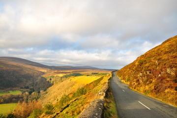 Tågresa från Dublin till Wicklow Mountains, Avoca och Glendalough