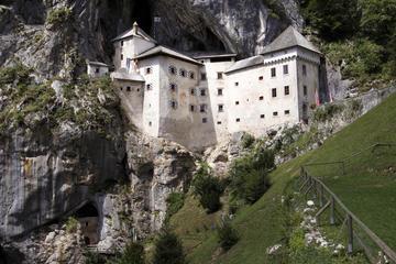 Excursão às Cavernas de Postojna e ao Castelo de Predjama, saindo de...