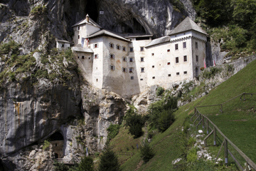 Führung zu den Höhlen von Postojna und zum Schloss Predjama von...