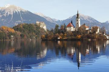 Visita turística a Bled desde Liubliana con degustación de tarta de...